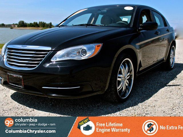 2012 chrysler 200 lx no accidents locally driven one. Black Bedroom Furniture Sets. Home Design Ideas