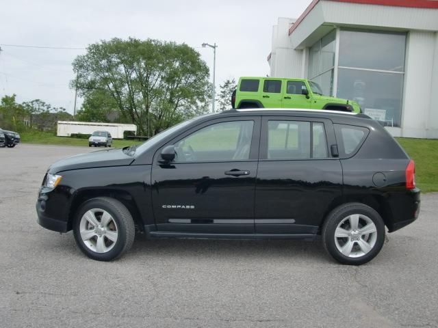 2013 jeep compass sport 5 speed black simcoe county chrysler. Black Bedroom Furniture Sets. Home Design Ideas