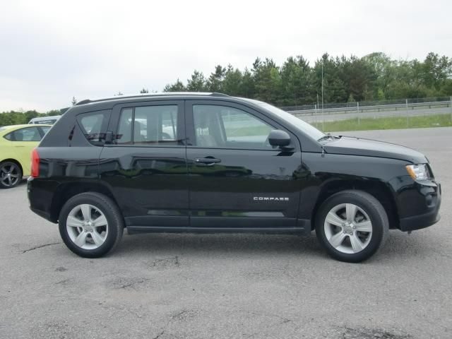 Used Cars Orillia >> 2013 Jeep Compass SPORT 5-SPEED! - Orillia, Ontario Used Car For Sale - 1243643