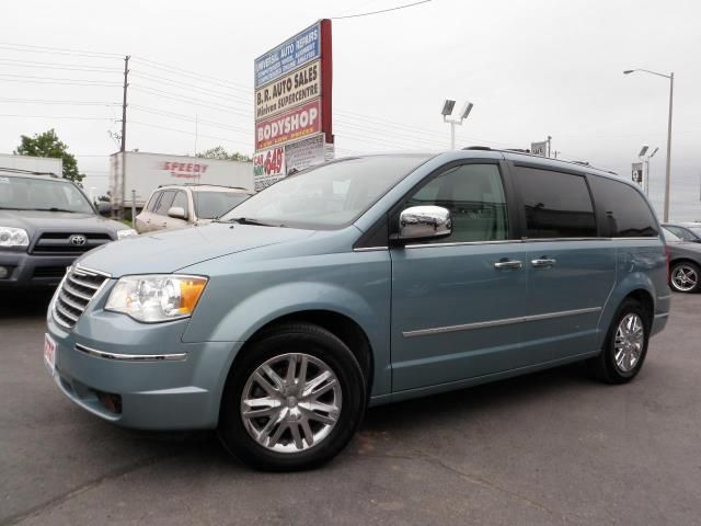 2010 Chrysler Town And Country Limited Brampton Ontario