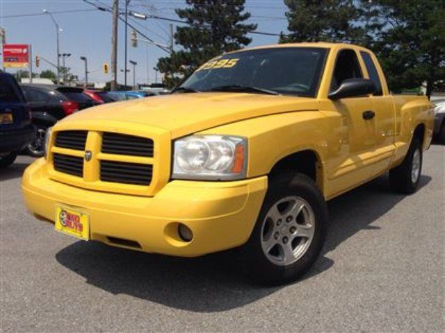 2006 dodge dakota slt hot colour 3 7l v6 st catharines. Black Bedroom Furniture Sets. Home Design Ideas