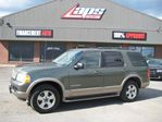 2004 Ford Explorer Eddie Bauer 4.0L in Sainte-Catherine, Quebec