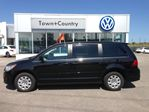 2012 Volkswagen Routan TRENDLINE REAR ENTERTAINMENT in Markham, Ontario
