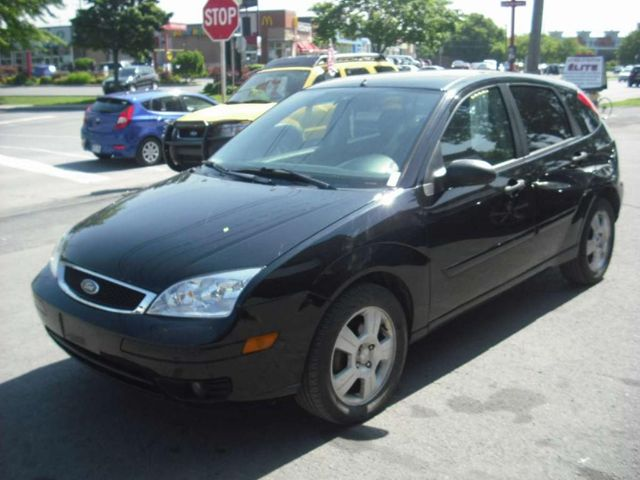 2006 ford focus ses lachine quebec used car for sale for Ford focus 2006 interieur