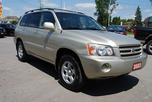 new and used toyota highlander cars for sale in ottawa ontario. Black Bedroom Furniture Sets. Home Design Ideas