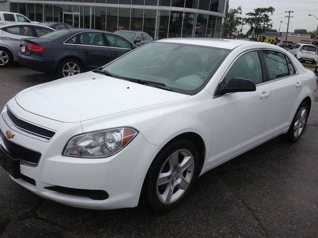 2012 chevrolet malibu ls waterloo ontario used car for sale. Black Bedroom Furniture Sets. Home Design Ideas