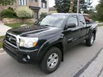 2006 Toyota Tacoma 4X4, EXT CAB, SR5, TRD, NO ACCIDENTS, AUTO in Etobicoke, Ontario