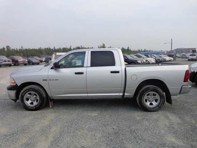 2010 dodge ram 1500 st 4x4 crew cab 140 in wb in yellowknife. Black Bedroom Furniture Sets. Home Design Ideas