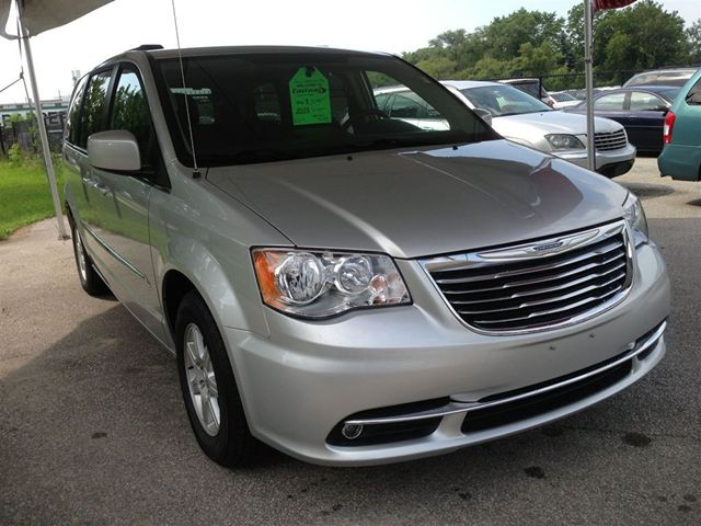 2012 chrysler town and country touring scarborough. Black Bedroom Furniture Sets. Home Design Ideas