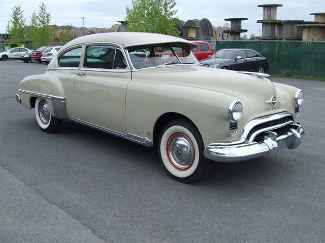 Oldsmobile Eighty Eight 1949