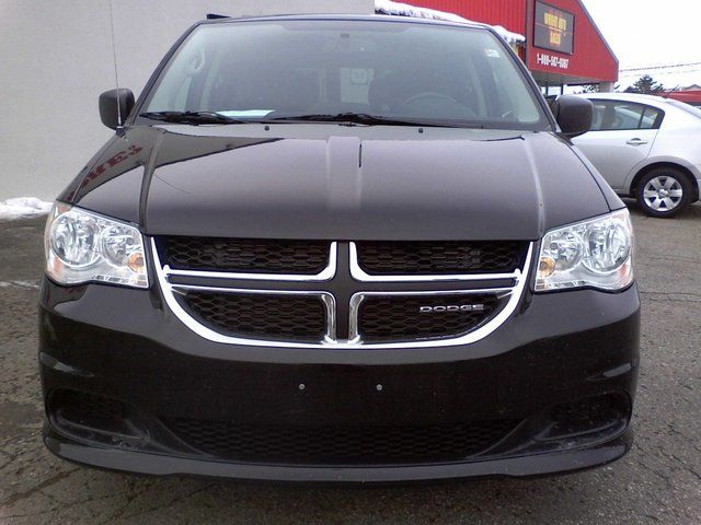 new and used dodge grand caravan cars for sale in waterloo. Black Bedroom Furniture Sets. Home Design Ideas