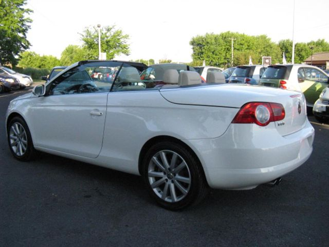 2008 volkswagen eos 2 0t comfortline mcmasterville. Black Bedroom Furniture Sets. Home Design Ideas