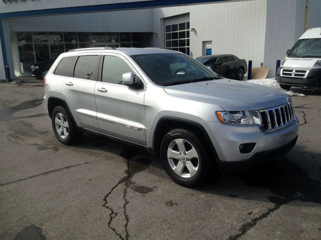 2011 jeep grand cherokee laredo ottawa ontario used car for sale. Cars Review. Best American Auto & Cars Review