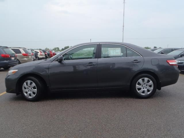2011 toyota camry le lindsay ontario used car for sale. Black Bedroom Furniture Sets. Home Design Ideas