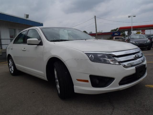 2012 ford fusion se hamilton ontario used car for sale. Black Bedroom Furniture Sets. Home Design Ideas