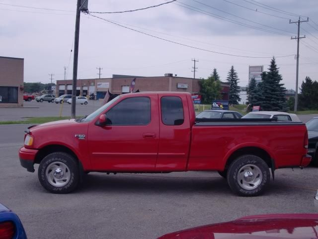 2000 ford f 150 xlt triton 4x4 barrie ontario used car