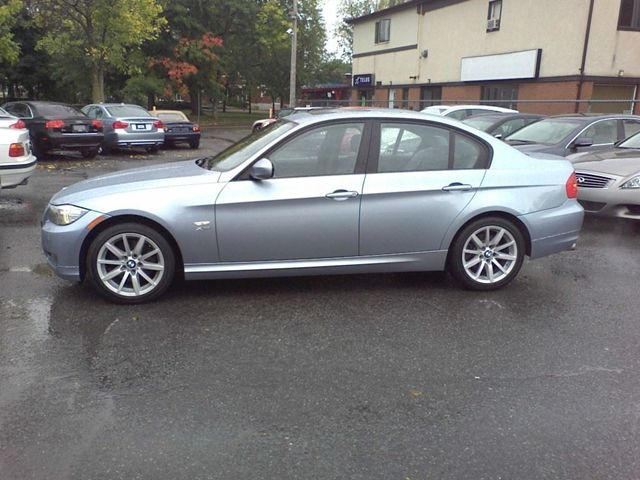 2011 bmw 3 series 328i xdrive sedan ottawa ontario used car for sale. Black Bedroom Furniture Sets. Home Design Ideas