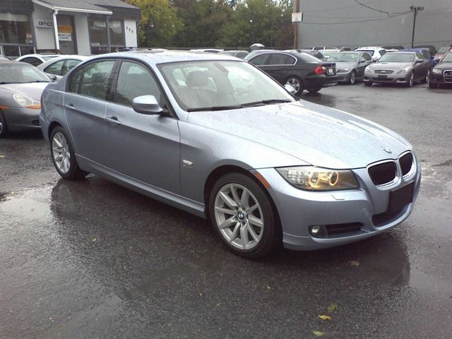 2011 bmw 3 series 328i xdrive sedan ottawa ontario used. Black Bedroom Furniture Sets. Home Design Ideas