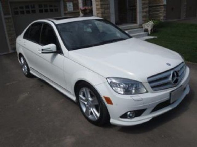 2010 mercedes benz c class c300 mississauga ontario for Mercedes benz c class 2010