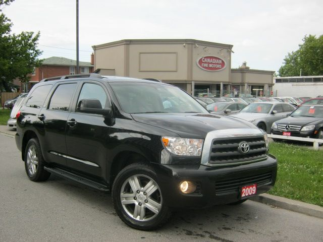 2009 toyota sequoia sr5 5 7l leather sunroof 7psgr 4wd no accident scarborough ontario used. Black Bedroom Furniture Sets. Home Design Ideas