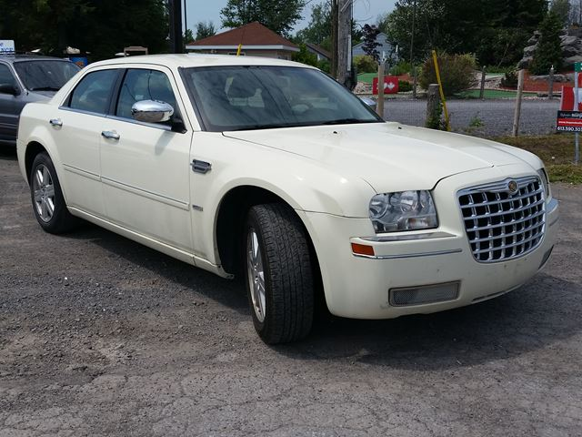 2006 chrysler 300 awd ottawa ontario used car for sale. Cars Review. Best American Auto & Cars Review