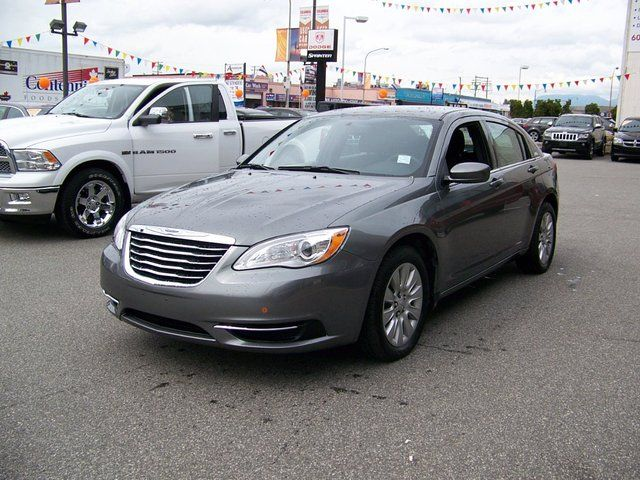 2013 chrysler 200 lx richmond british columbia used car for sale. Black Bedroom Furniture Sets. Home Design Ideas