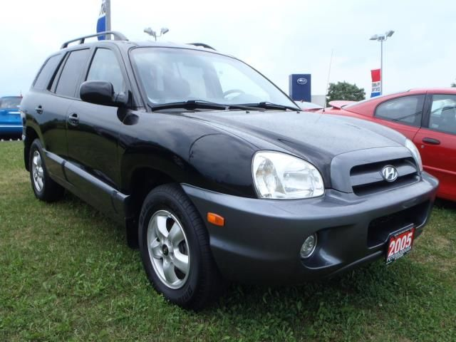 2005 hyundai santa fe gl peterborough ontario used car for sale. Black Bedroom Furniture Sets. Home Design Ideas