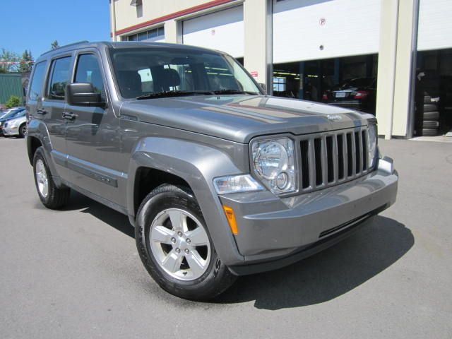 2012 jeep liberty sport 4x4 only 54k stittsville ontario used car. Black Bedroom Furniture Sets. Home Design Ideas