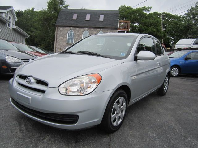 2007 hyundai accent hatchback dartmouth nova scotia used car for sale. Black Bedroom Furniture Sets. Home Design Ideas