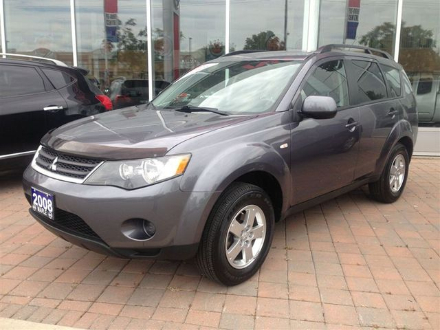 2008 mitsubishi outlander es clean car proof maple ontario used car for sale. Black Bedroom Furniture Sets. Home Design Ideas