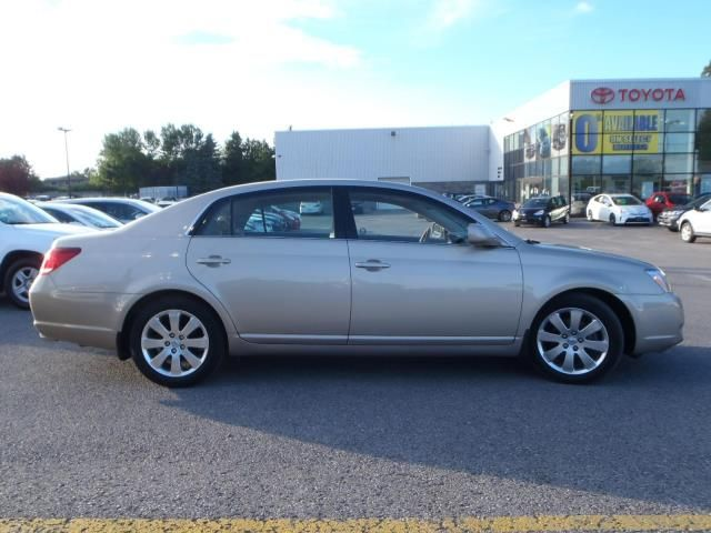 2006 toyota avalon xls peterborough ontario used car for sale. Black Bedroom Furniture Sets. Home Design Ideas