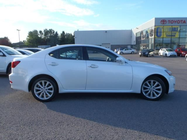 2009 lexus is 250 peterborough ontario used car for sale. Black Bedroom Furniture Sets. Home Design Ideas