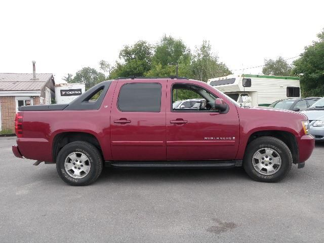 2007 chevrolet avalanche lt keswick ontario used car. Black Bedroom Furniture Sets. Home Design Ideas