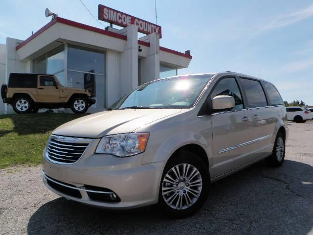 2013 chrysler town and country touring w leather orillia ontario. Cars Review. Best American Auto & Cars Review