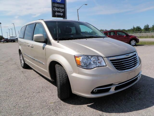 2013 chrysler town and country touring w leather in orillia ontario. Cars Review. Best American Auto & Cars Review