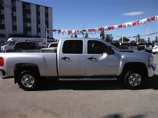 2011 chevrolet silverado 2500 lt power options impressive. Black Bedroom Furniture Sets. Home Design Ideas