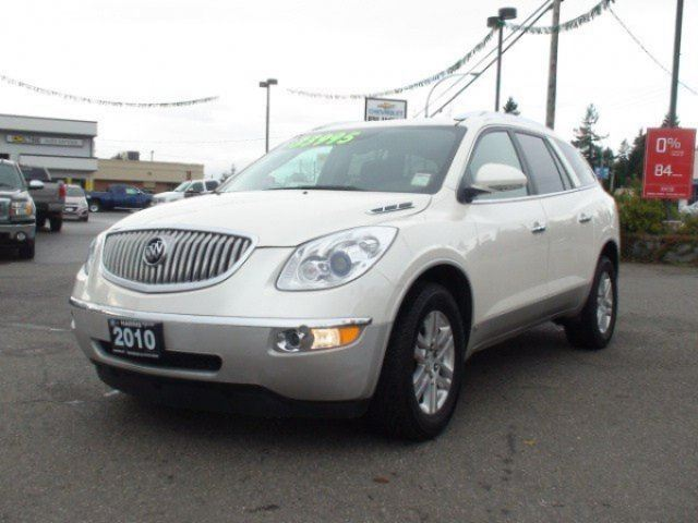 2010 BUICK ENCLAVE CXL2 in Parksville, British Columbia