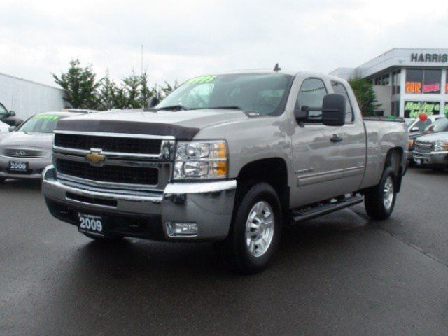 2009 CHEVROLET SILVERADO 2500  WT in Parksville, British Columbia