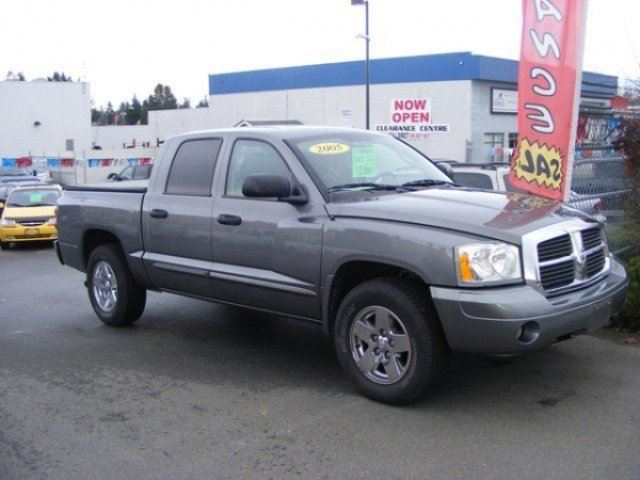 2005 DODGE DAKOTA Laramie in Parksville, British Columbia
