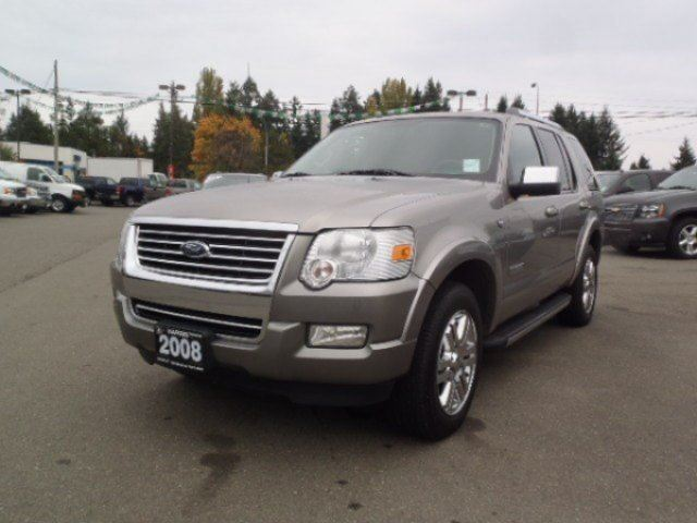 2008 FORD EXPLORER Limited in Parksville, British Columbia