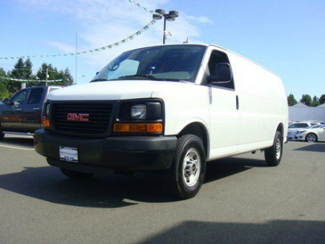 2012 GMC SAVANA 3500 3500 LWB AUTO in Parksville, British Columbia