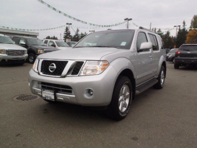 2012 NISSAN PATHFINDER SV in Parksville, British Columbia