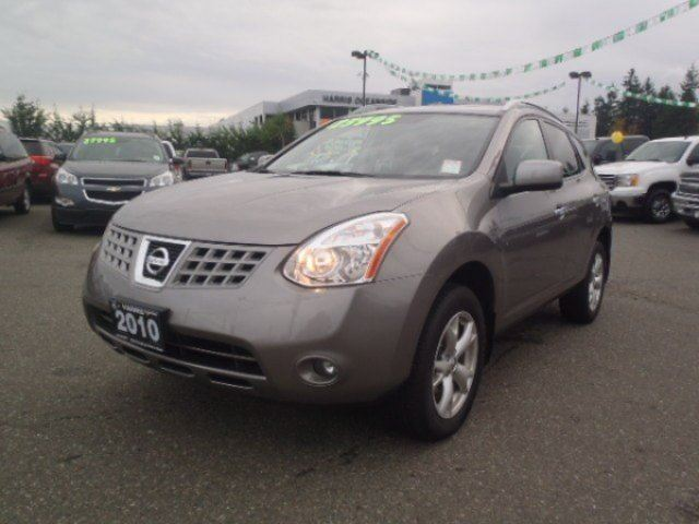 2010 NISSAN ROGUE 2.5 4WD CVT in Parksville, British Columbia