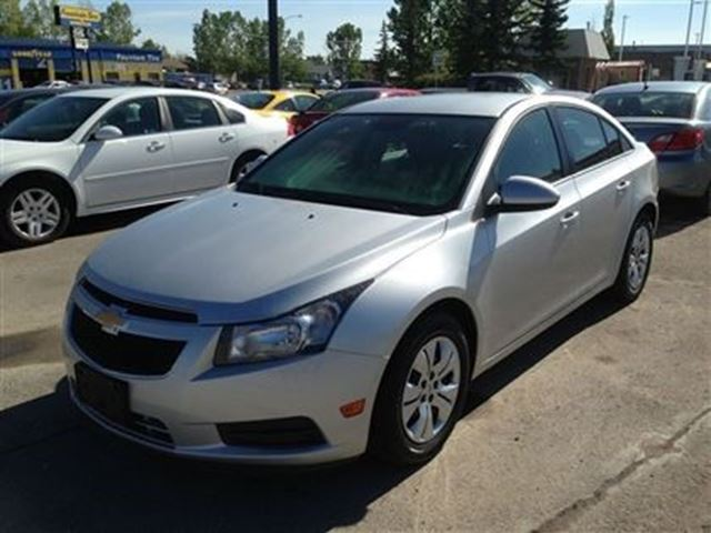 2012 chevrolet cruze lt turbo high river alberta used. Black Bedroom Furniture Sets. Home Design Ideas