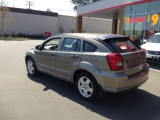 2007 dodge caliber sxt great condition new tires tons of space courtenay british columbia. Black Bedroom Furniture Sets. Home Design Ideas