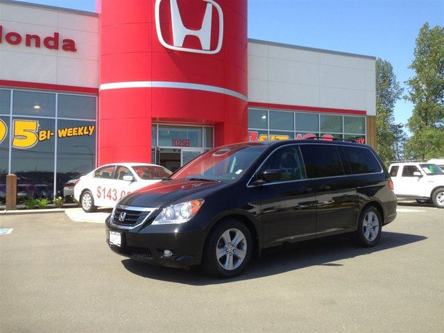 2010 HONDA ODYSSEY Touring**1 Owner-Loaded-Piced To Sell Now** in Courtenay, British Columbia