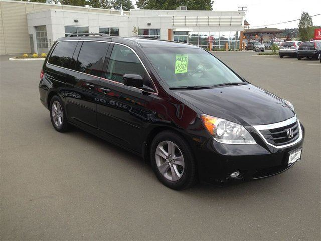 2010 honda odyssey touring 1 owner loaded piced to sell. Black Bedroom Furniture Sets. Home Design Ideas