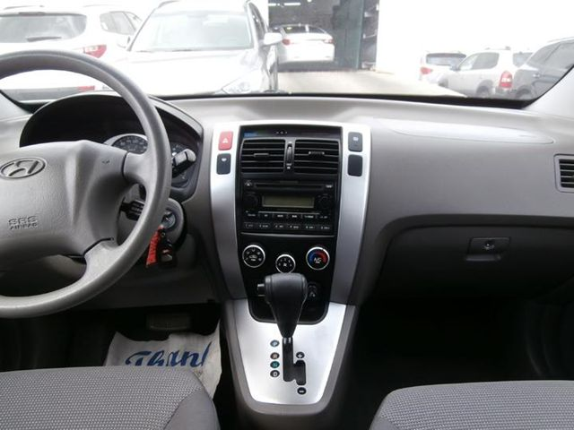 2006 hyundai tucson gl scarborough ontario used car for. Black Bedroom Furniture Sets. Home Design Ideas