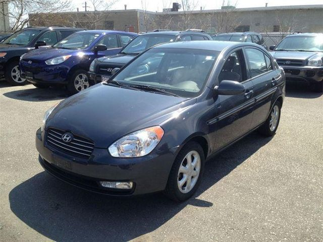 2009 hyundai accent gls scarborough ontario used car. Black Bedroom Furniture Sets. Home Design Ideas