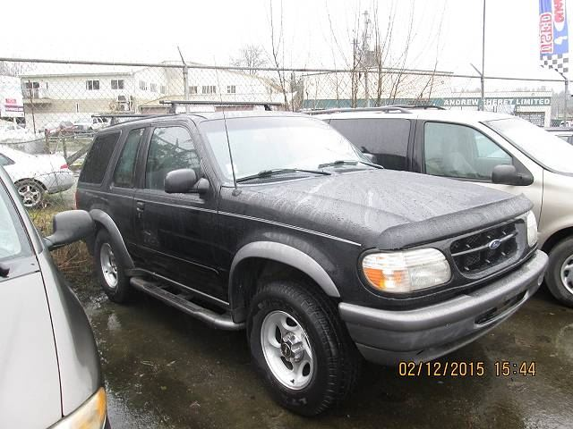 1998 FORD Explorer Sport 2 Door 4WD In Koksilah, British Columbia